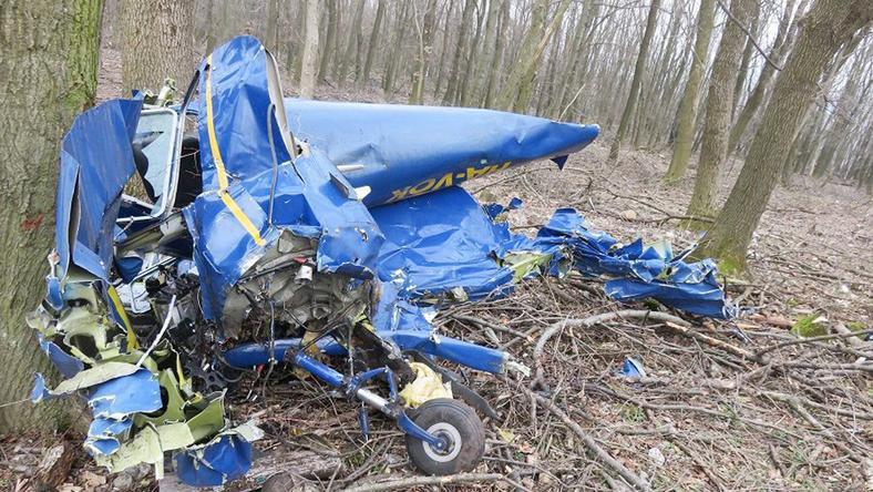 A Cessna maradványait Tatabányán találták meg, a tanuló szörnyethalt/ Fotó: MTI