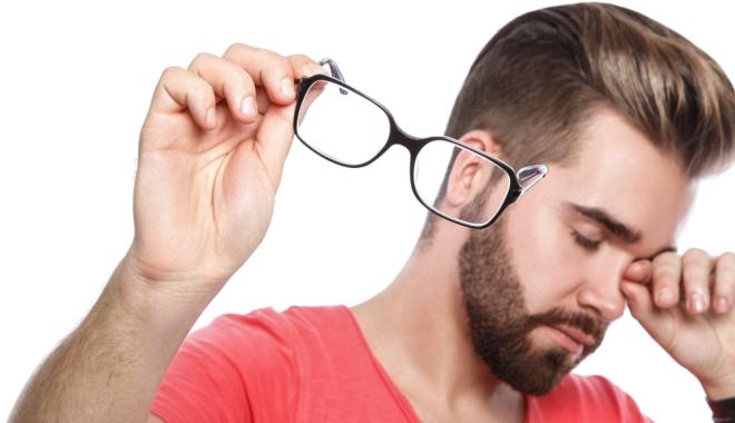Gyakran csipás a szeme? Betegség jele is lehet!