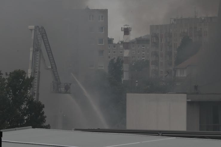 Tűz a Frangepán utcában /Fotó: Isza Ferenc