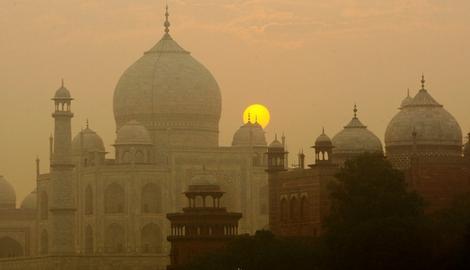 Izmet insekata uništava Tadž Mahal