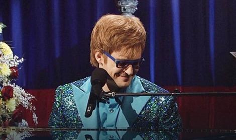 Timberlejk je otpevao parodiju na jednu pesmu Eltona Džona