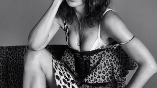 Helena Christensen kusi zgrabnym i seksownym ciałem