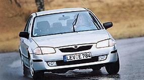 Mazda 323 - A ona jeździ i jeździ...