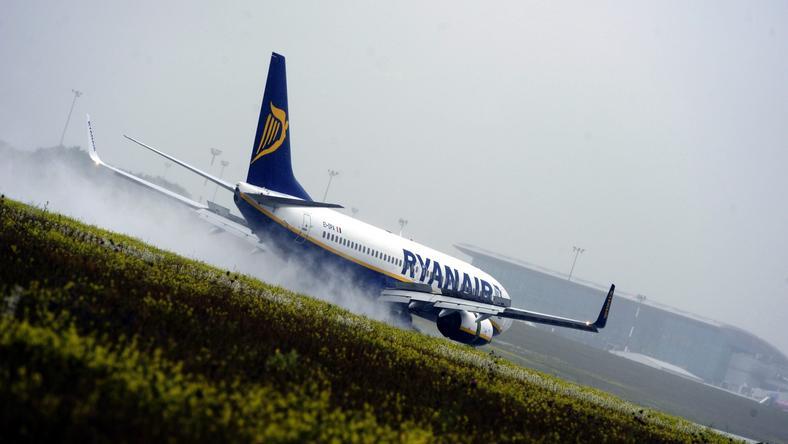 A Ryanair gépe műszaki hiba miatt fordult vissza/Fotó: MTI- Földi Imre