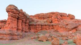 Kominy wróżek w dolinie Narman zazdroszczą sławy Kapadocji