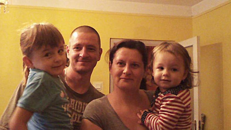 Székely-Horváth Mónika (38) és férje, Péter (36) két kislánya mellé áprilisban érkezik a harmadik kistestvér. Reményeik szerint addigra elindíthatják a támogatási szerződést