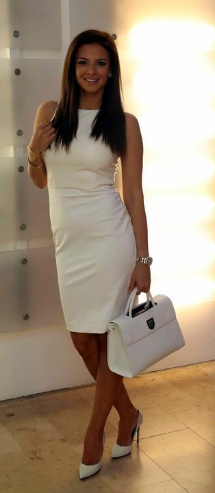 Sarka Kata ruhájához egy tökéletesen passzoló táskát választott - Fotó: Pozsonyi Zita