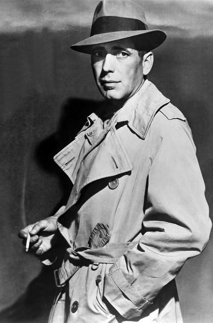 "Humphrey Bogart jako Sam Spade w filmie ""Casablanca"", 1941 rok"