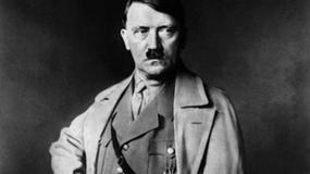 Ukazała się licząca 2432 strony kronika życia Hitlera