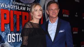 Ciężarna Edyta Pazura z mężem Cezarym na premierze filmu. Jej brzuszek jest już spory!