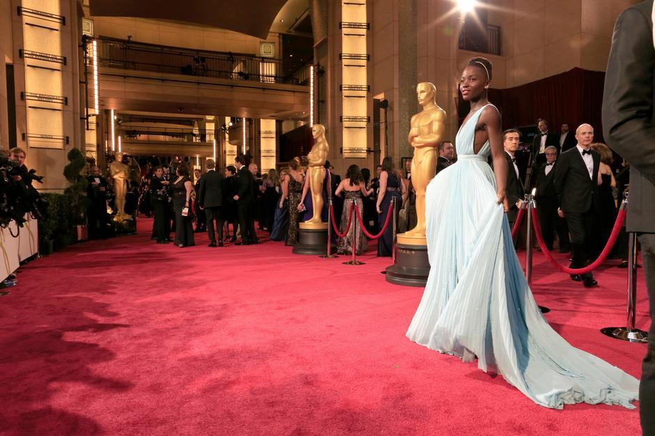 Lupita Nyong'o na Oscarach 2014 / Getty Images
