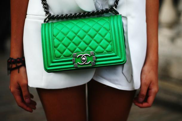 Louis Vuitton i Chanel warte jeszcze więcej! NIKE największą marką odzieżową