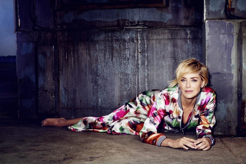 Sharon Stone w kampanii Airfield