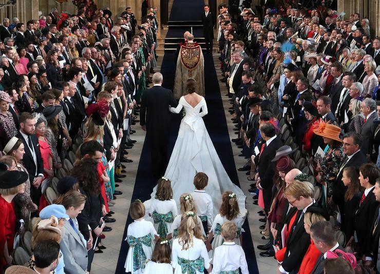 Eugénia hercegnő esküvőjén a templomban 850 vendég lehetett ott, a kertben még 1200 ember / Fotó : GettyImages