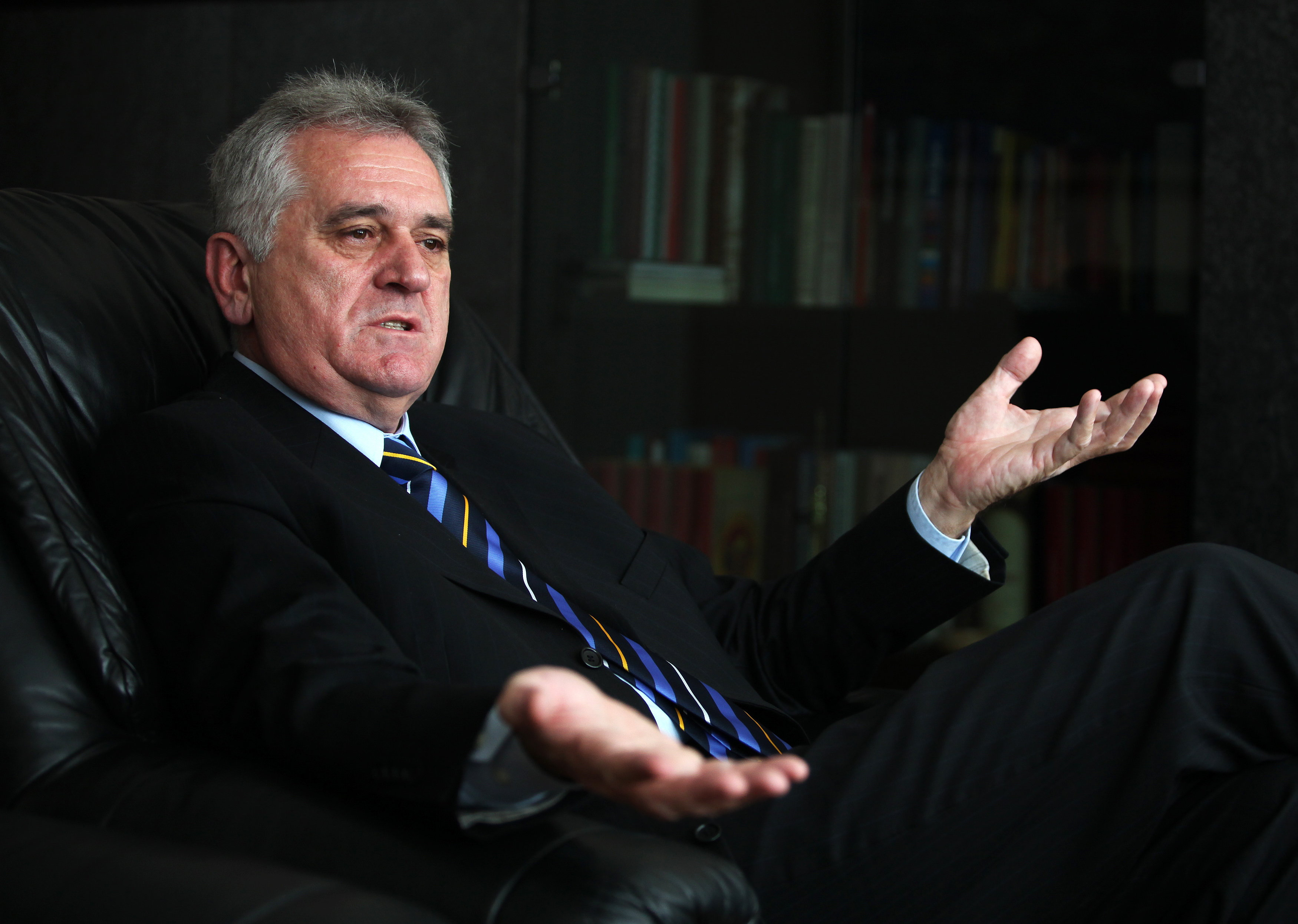 Nikolić čestitao Uskrs