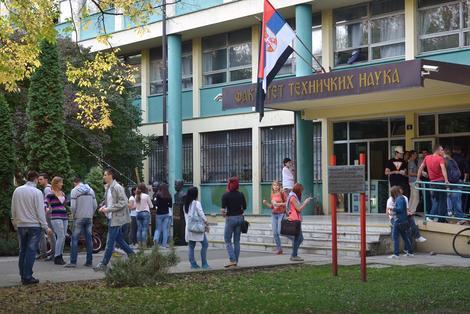 Na fakultetima u Novom Sadu nisu odredili ni kvote za upis brucoša