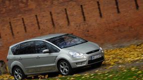 Ford S-Max: funkcjonalny, oszczędny i dobrze jeździ