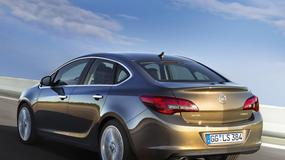 Nowy Opel Astra Sedan: mała Insignia