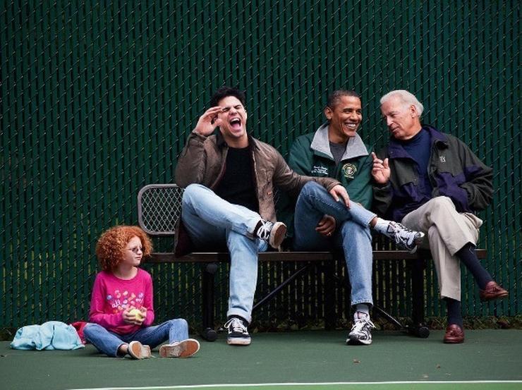 Obama nagyon vicceset mesélhetett/ Fotó: Instagram