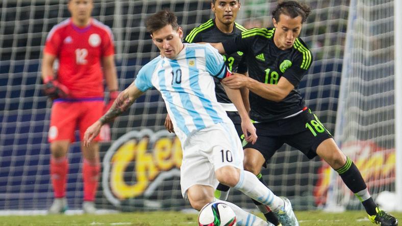 Lionel Messi az argentin válogatott tagjaként lép pályára a Copa Americán /Fotó: AFP