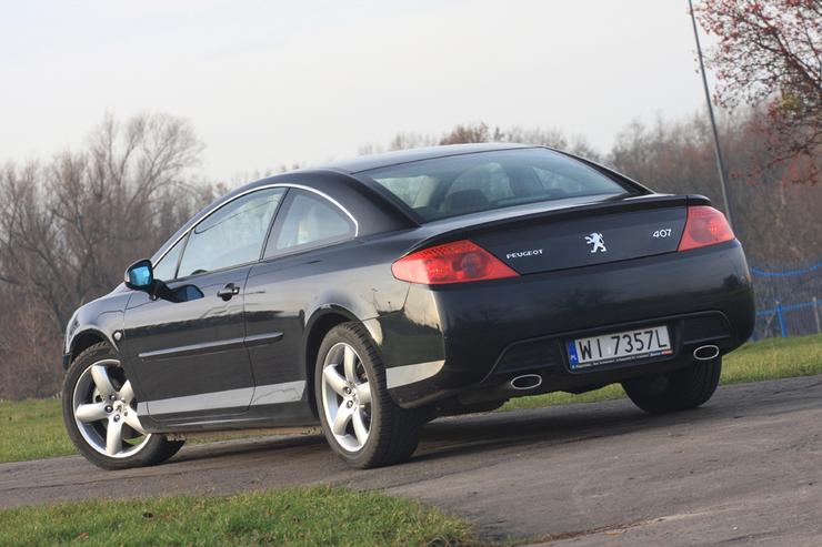 peugeot 407 coupe z tym sercem mo na szale auto wiat. Black Bedroom Furniture Sets. Home Design Ideas