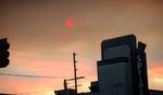 CRNI DIM ZAKLANJA SUNCE Dramatične fotografije požara u Los Anđelesu