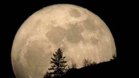 Superksiężyc - ciekawe zjawisko na nocnym niebie