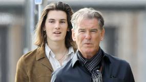 Pierce Brosnan z synem Dylanem na zakupach. Który przystojniejszy?