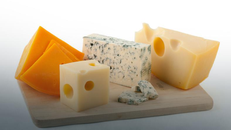 The Mystery of holes in the cheese solution & # x105; bound