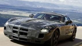 Czy Mercedes-Benz SLS AMG to Dodge Viper?
