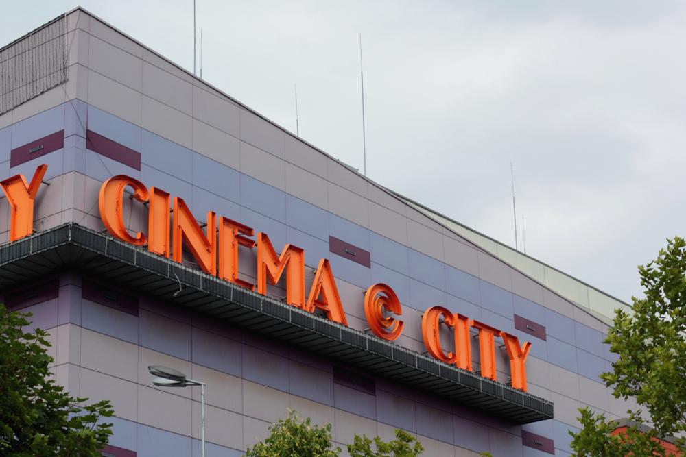 Cinema City sprzedaje bilety tańsze nawet o połowę. Sieć