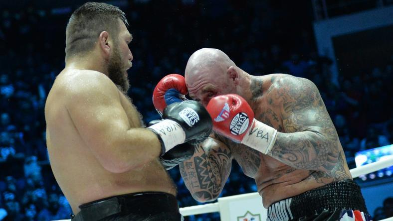 Lucas Browne (jobbra) kiütötte a világbajnokot /Fotó: AFP