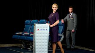 Znany projektant ubrał stewardessy