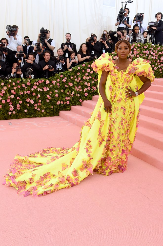 Serena Williams arrives at the Met Gala 2019 [Credit: Vogue]