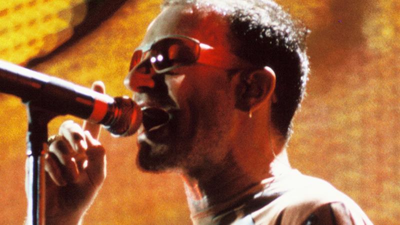 Bono w 1997 roku (fot. Getty Images)