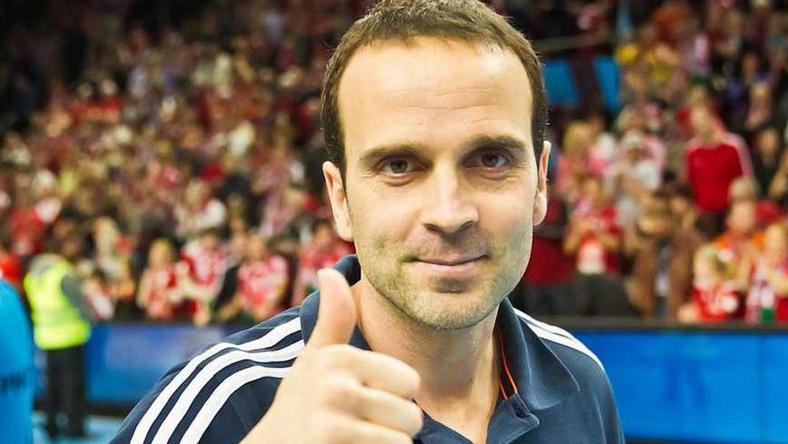 A spanyol Xavier Sabaté a  veszprémi kéziseket is irányítja a válogatott mellett /Fotó: Facebook