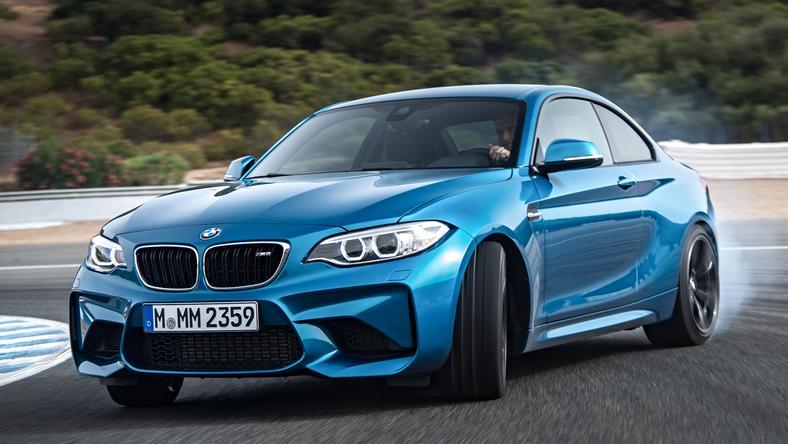 Márciusban mutatják be a legendás márka legújabb képviselőjét, a BMW M2 Coupé-t