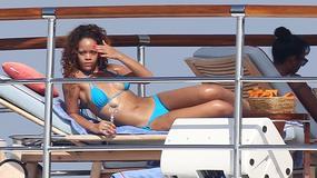 Rihanna z przyjaciółmi na łodzi w Saint Tropez
