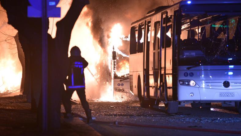 Egy gépkocsiban rejtett pokolgép robbant /Fotó: AFP