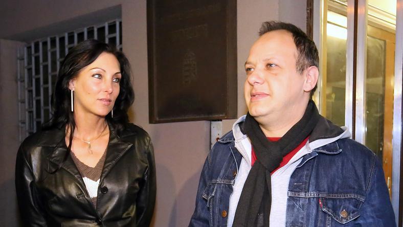 Damu Roland és Fleesége, Edina között áll a bál /Fotó: RAS archív