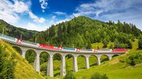 Jedna z najbardziej spektakularnych podróży przez Alpy