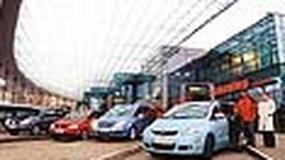 Mazda 5, Opel Zafira, VW Touran, Renault Scenic - Rodzinne mikrobusy