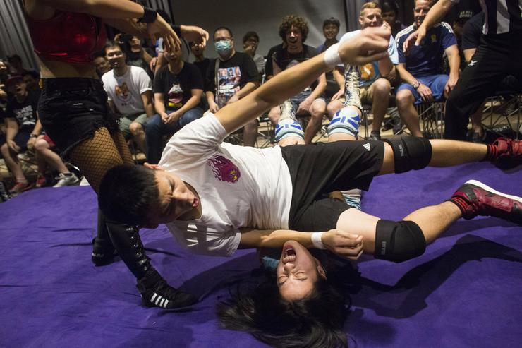 A pankráció célja napjainkban a közönség szórakoztatása - Fotó: MTI/EPA/JAMES MONROE ADAMS IV