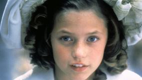 """Aktorka z filmu """"Mała księżniczka"""" wyrosła na piękną kobietę"""