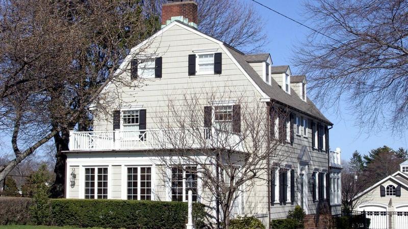 Otoczony złą sławą dom w Amityville