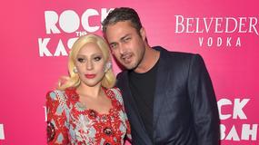 "Lady Gaga i Taylor Kinney nago na okładce magazynu ""V"""