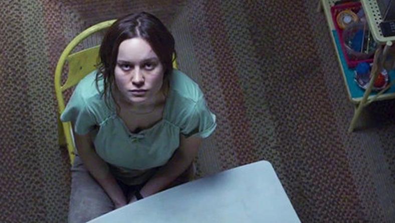 Brie Larson alakítja a páncélozott kunyhóban elzárt szexrabszolgát / Fotó: A24 Films