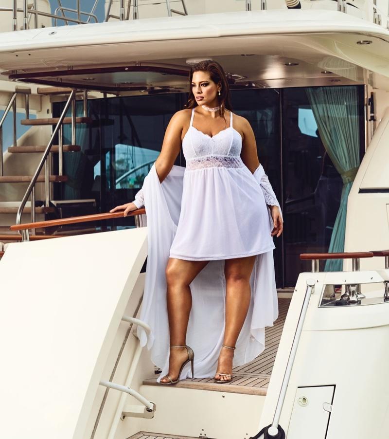 Modelka plus size Ashley Graham i jej kolekcja bielizny