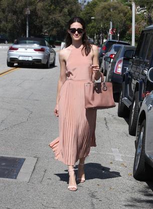 Best Look: Emmy Rossum stawia na nude