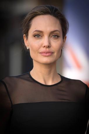 Angelina Jolie ambasadorką znanych perfum